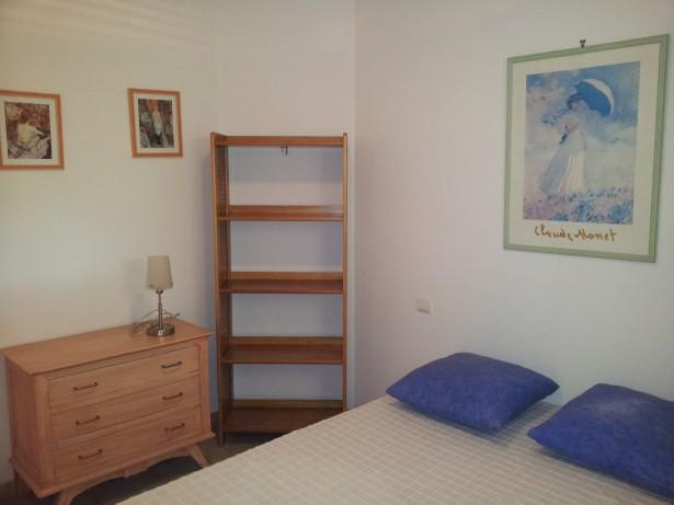 grande chambre double avec rangement
